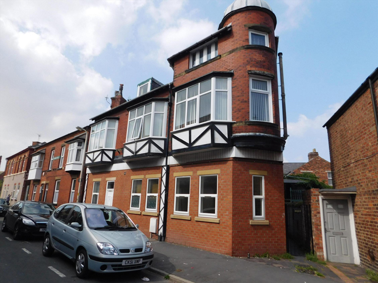 Flats in Prenton ready for sale by auction